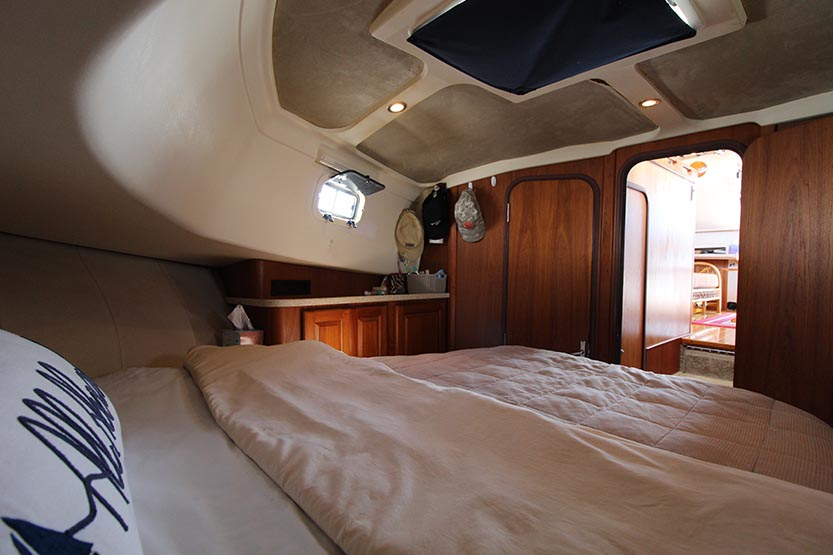 Mainship 350 Trawler Yacht for Sale